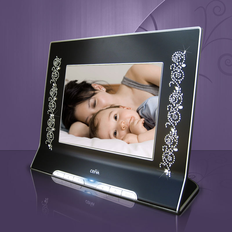 bedazzle your mom with photos this mother 39 s day. Black Bedroom Furniture Sets. Home Design Ideas