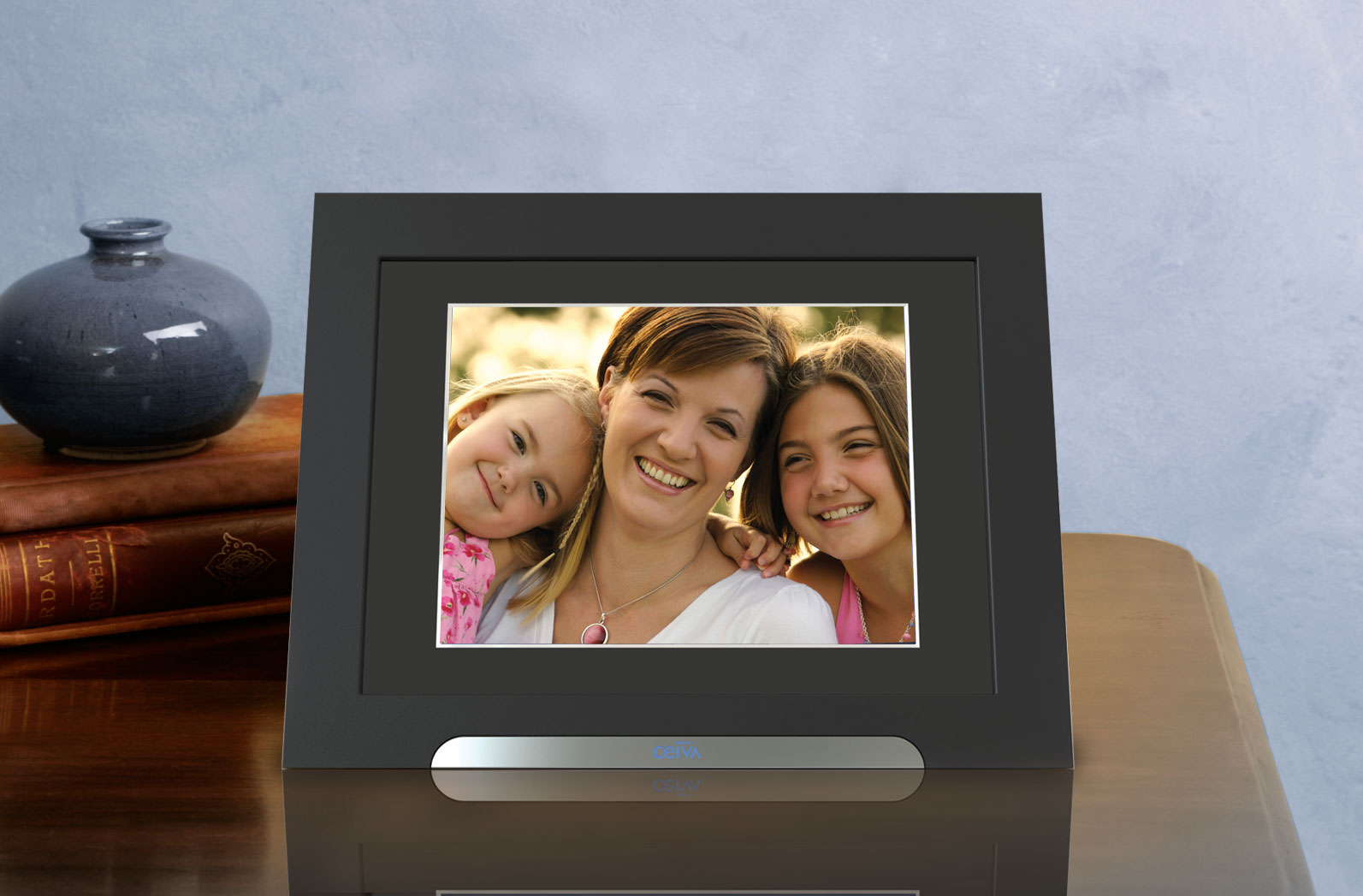 Cached Photo frame digital